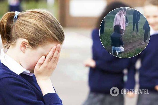 Поставили на коліна: під Харковом підлітки познущалися з дівчини з інвалідністю