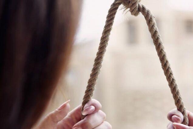 У Дніпрі знайшли труп повішеної жінки