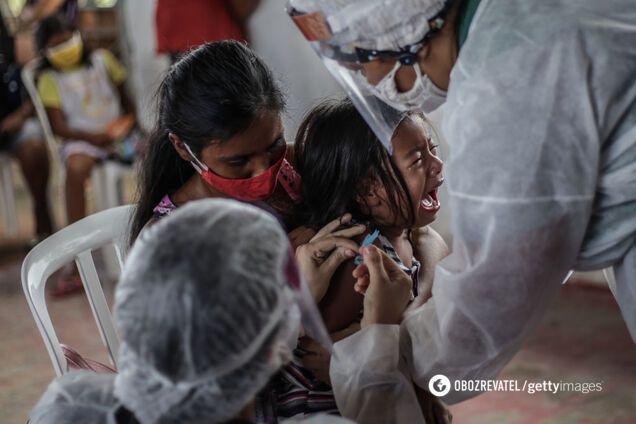 COVID-19 призвела до призупинення вакцинації 80 млн дітей – ВООЗ