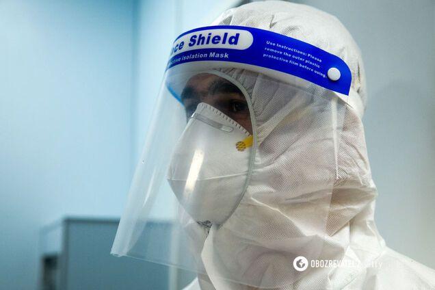 На Буковині COVID-19 заразилися 3 тисячі осіб
