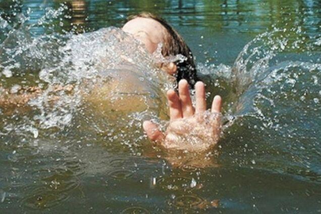 Упала в басейн: в Одесі після тривалої коми померла дворічна дівчинка