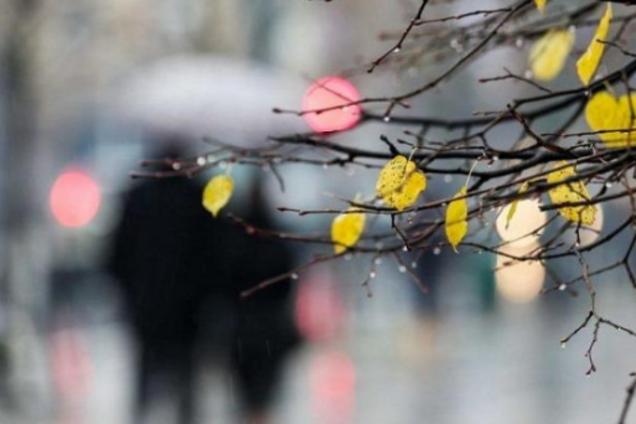 Синоптики дали свіжий прогноз по Україні: знову грози та холод