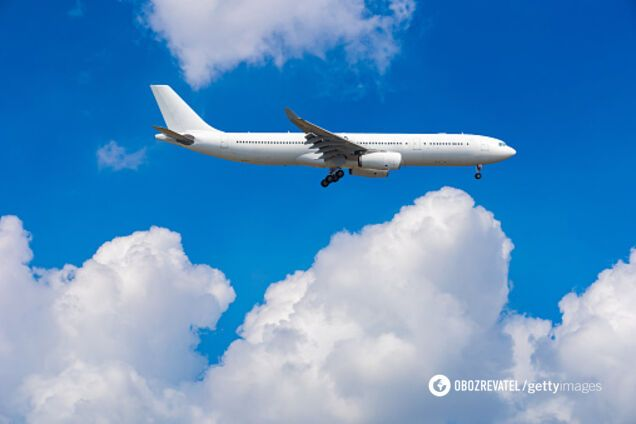 Украина восстановит авиаперелеты с 15 июня