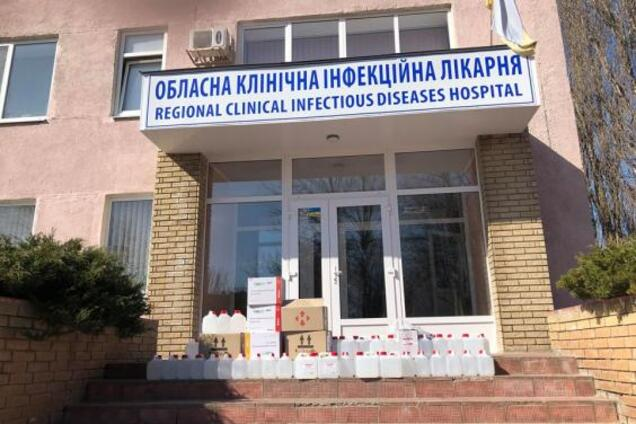 В Харьковской инфекционке произошел коллапс из-за COVID-19: лечить больных некому