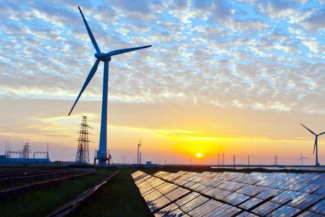 Инвесторы вынуждены согласиться на условия Кабмина по зеленой энергетике для преодоления кризиса – Конеченков