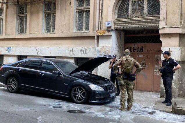 В Одессе произошла перестрелка и сожгли авто адвоката: появилось видео ЧП