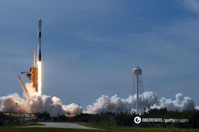 SpaceX вывела на орбиту уникальные спутники