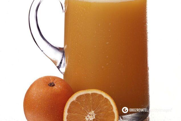 Фруктові соки повинні бути обмежені через натуральний цукор