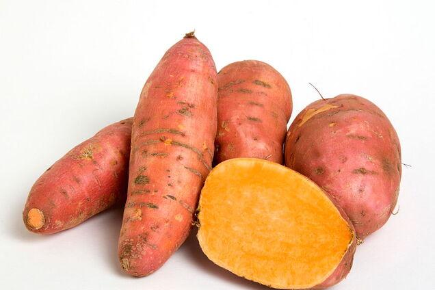 Солодкий картопля містить клітковину і вітаміни А і С