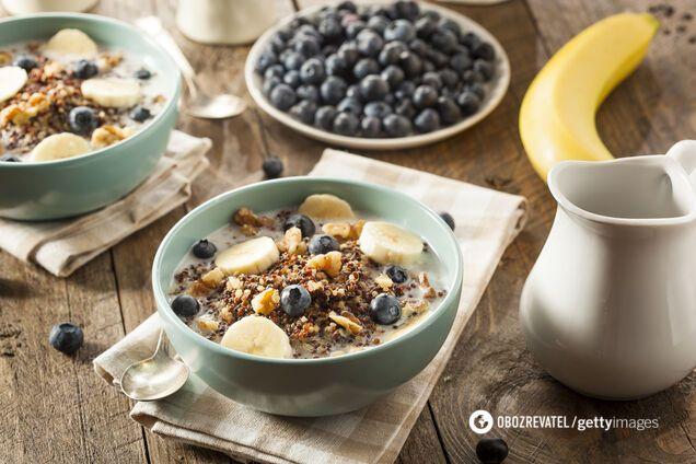 Большинство калорий необходимо получать за завтраком