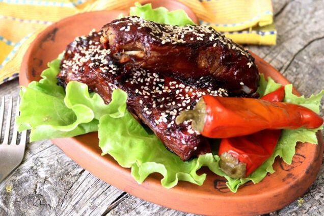 Рецепт: як приготувати ребра барбекю в духовці смачніше, ніж на грилі