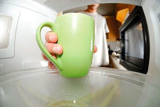 Чай в микроволновке: названы неожиданные преимущества