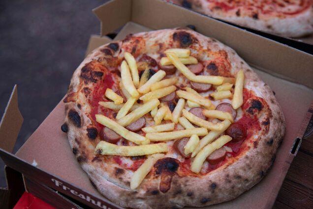 Пицца и картофель фри - два в одном
