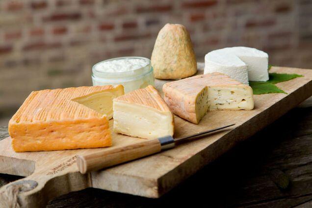 Сыров должно быть нечетное количество