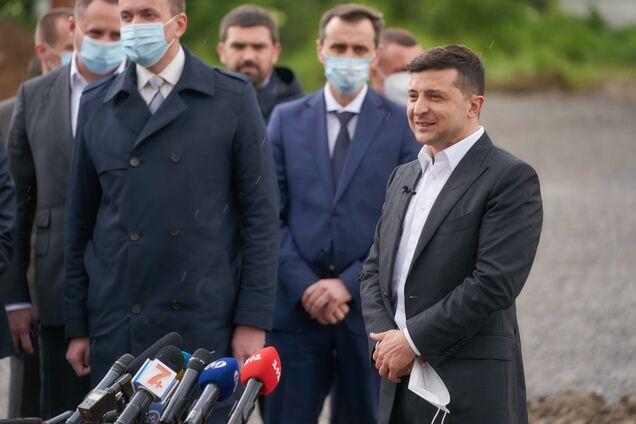 """Владимир Зеленский заявил, что контрабандисты будут """"штормить"""" Украину 2-3 года"""
