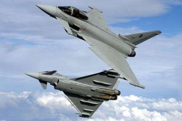 Британські винищувачі перехопили російський військовий літак