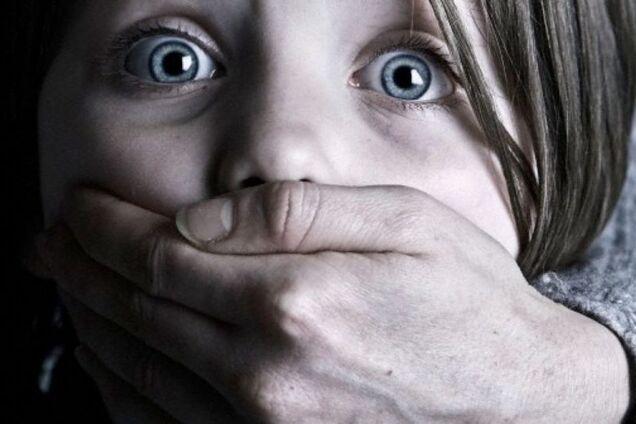 В Одесской области мужчина едва не похитил 7-летнюю девочку