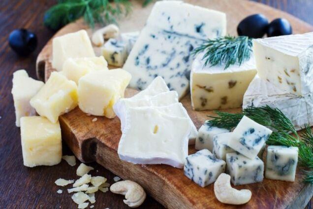 Сир із пліснявою