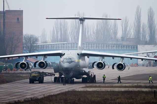 Обновленный Ил-62. Иллюстрация