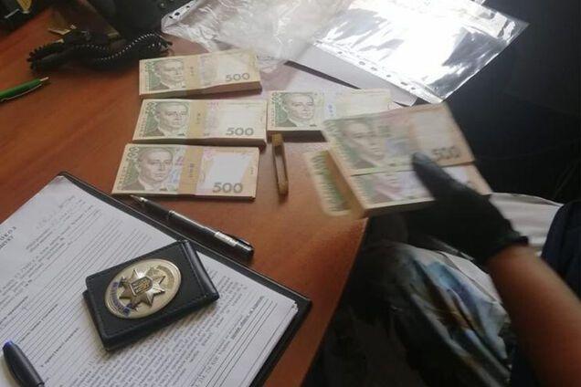 В Киеве проректора университета поймали на взятке в 220 тысяч грн