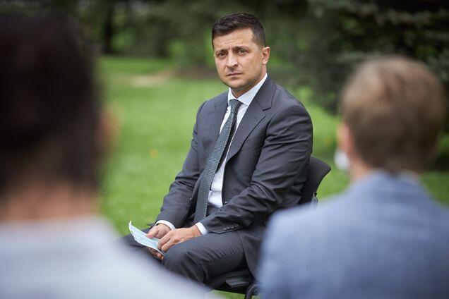 Володимир Зеленський пообіцяв підвищення зарплат для вчителів