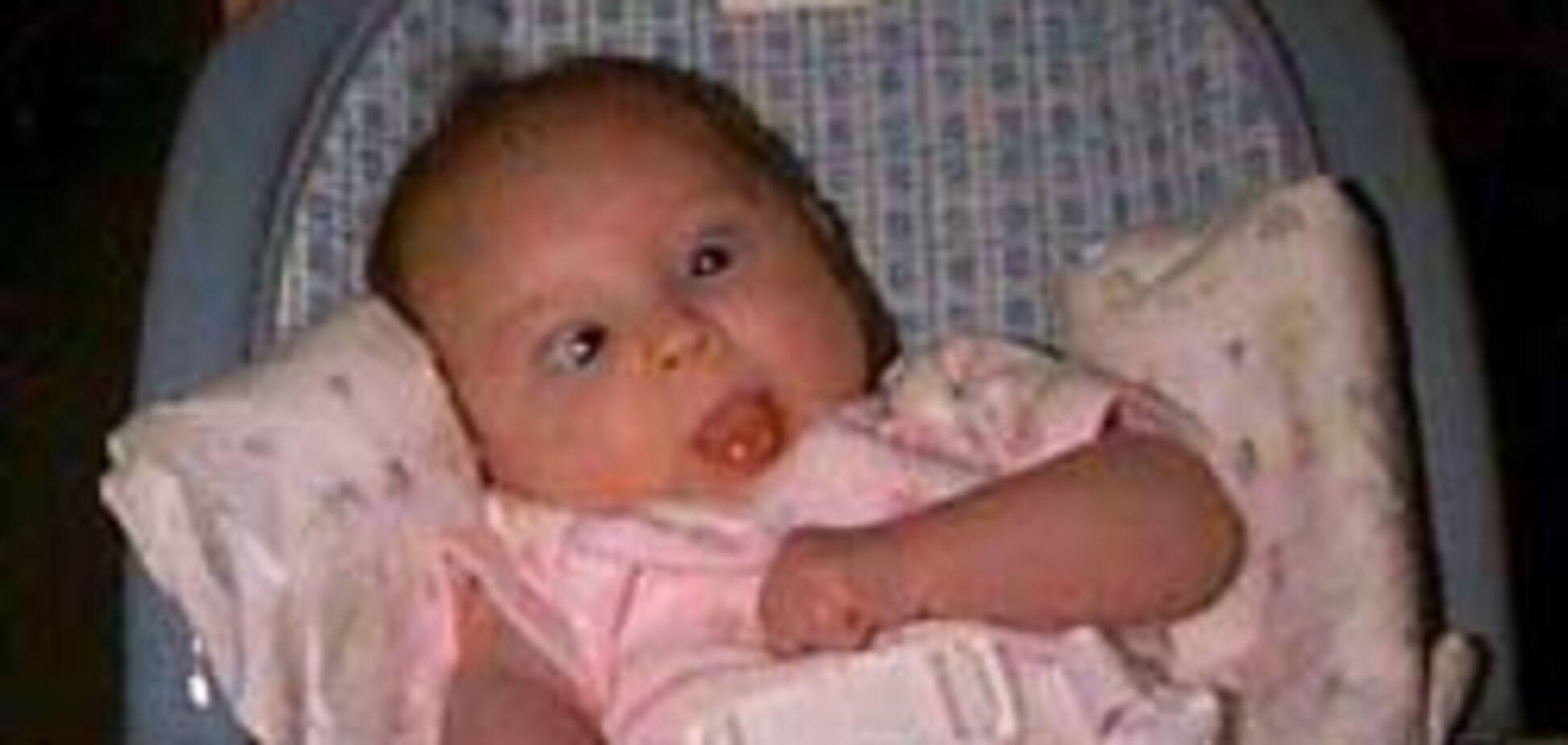 Дети общаются глазами с самого рождения