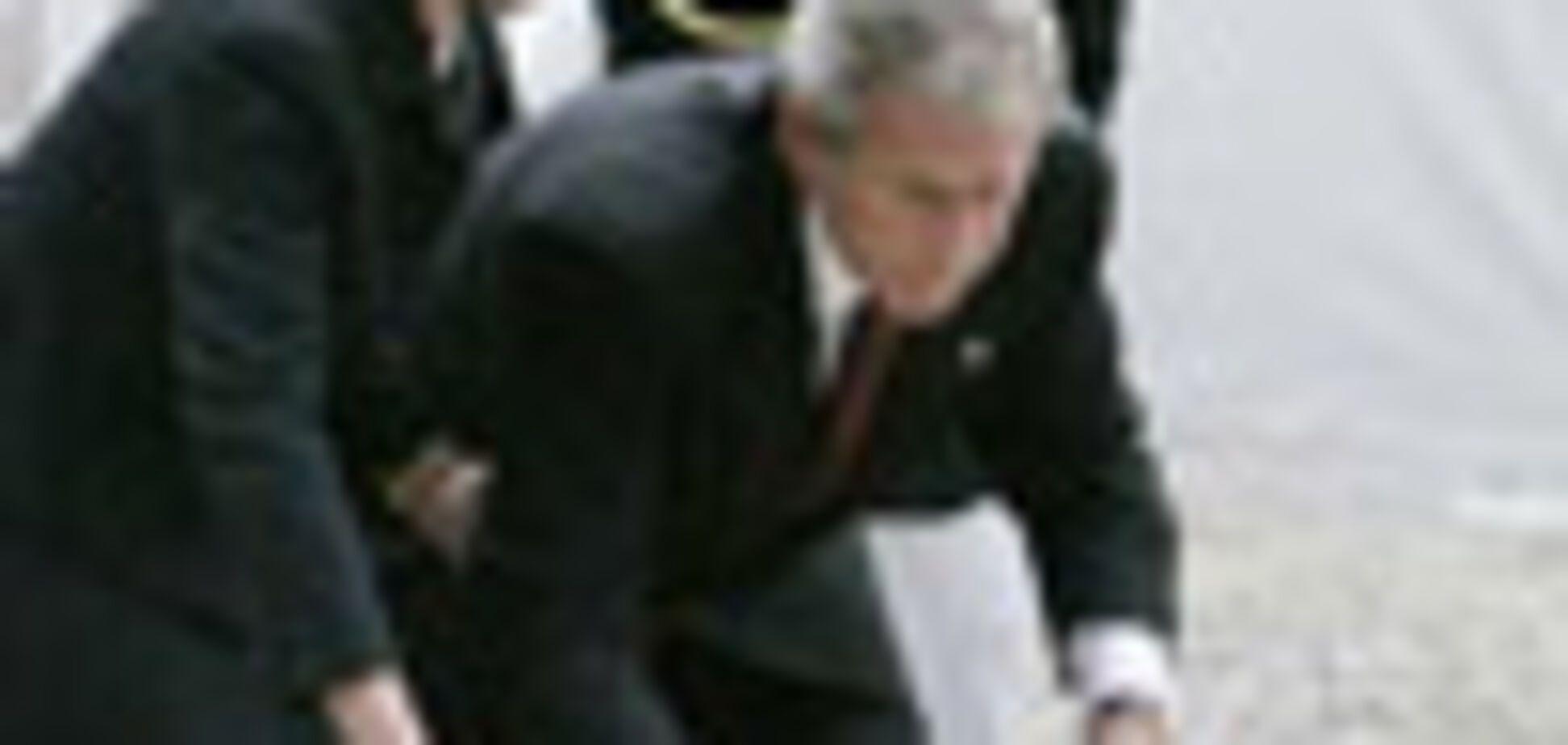 Буш почтил память погибших 11 сентября