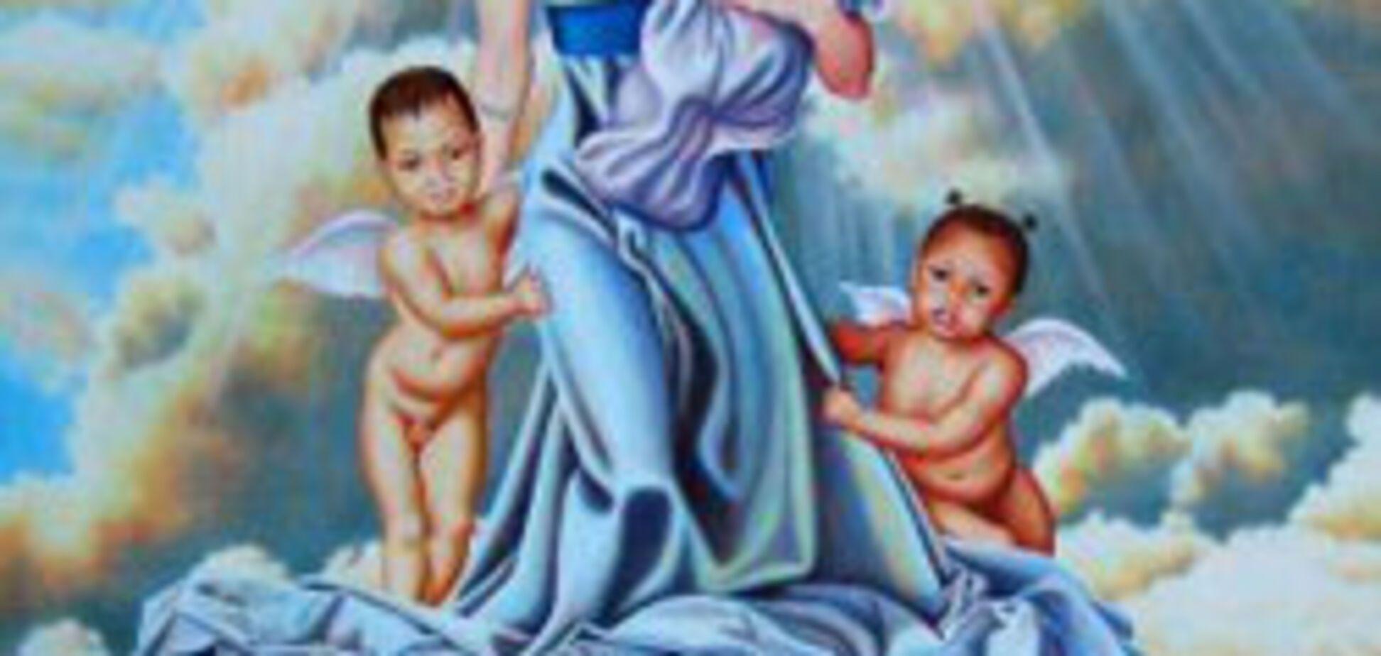 Анджелина Джоли стала Девой Марией (Фото)