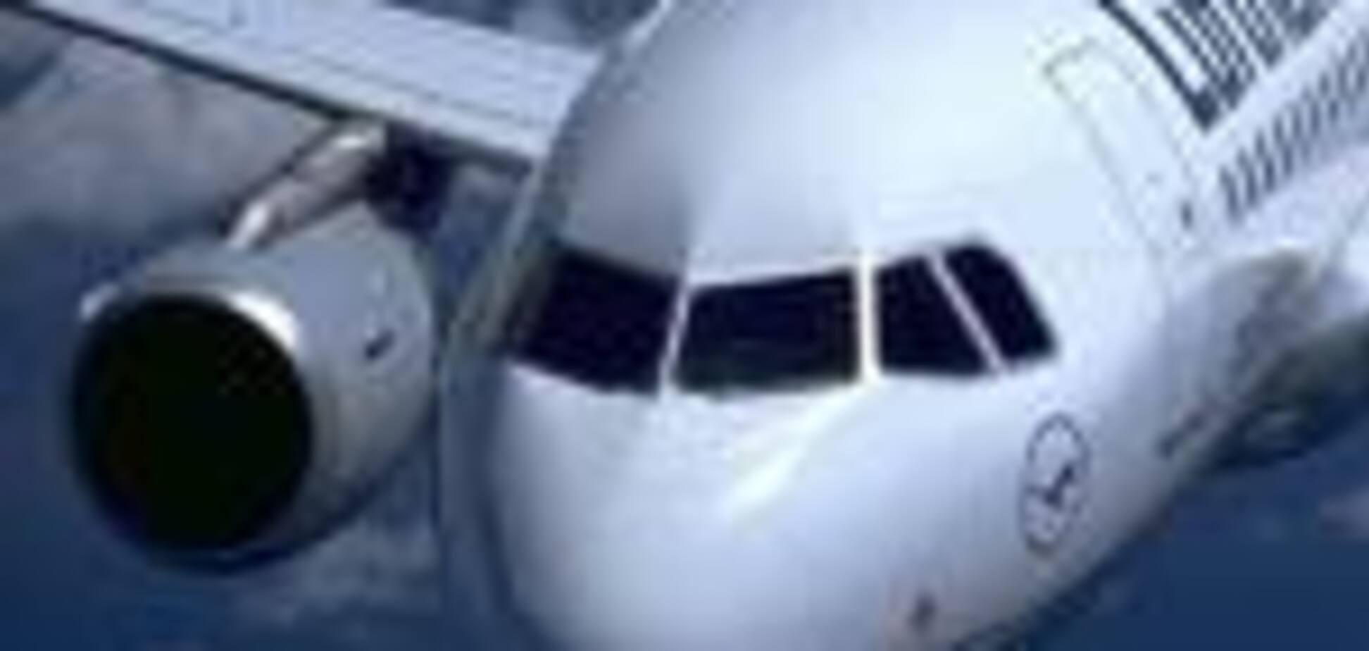 Літаки, що врізаються у вежі-близнюки, придумали давно.ФОТО