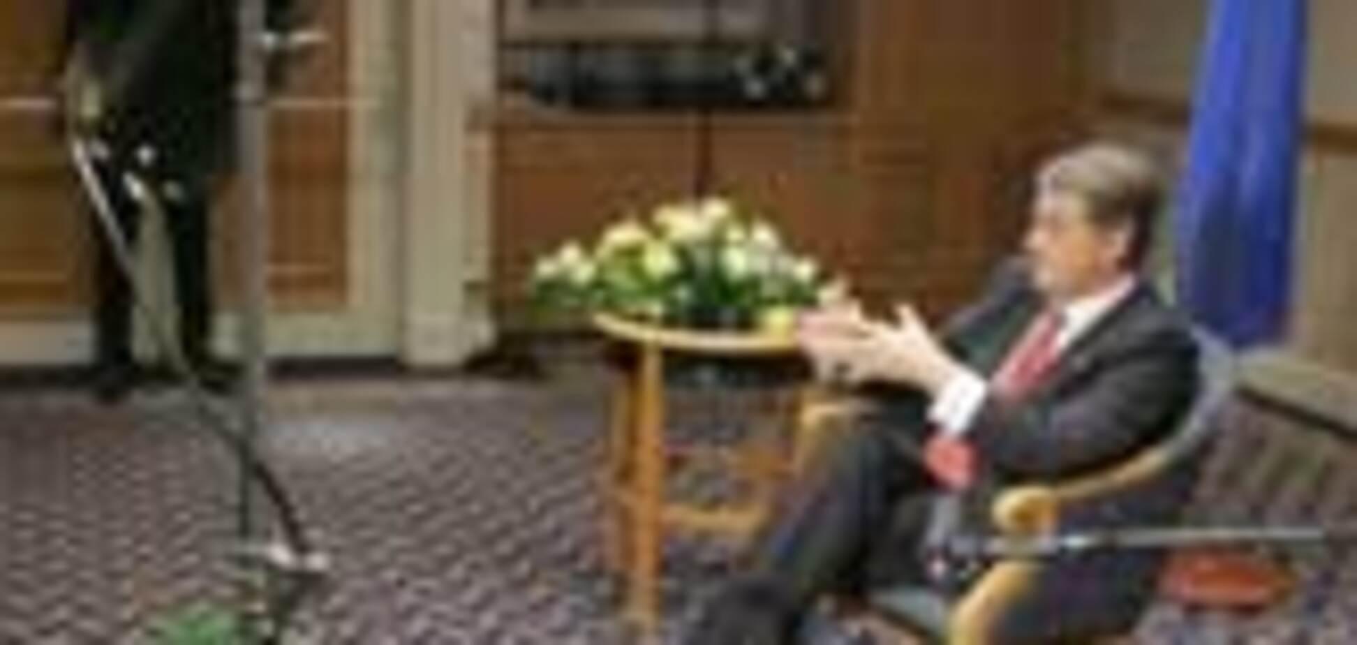 Ющенко не вышел к украинским журналистам в Польше