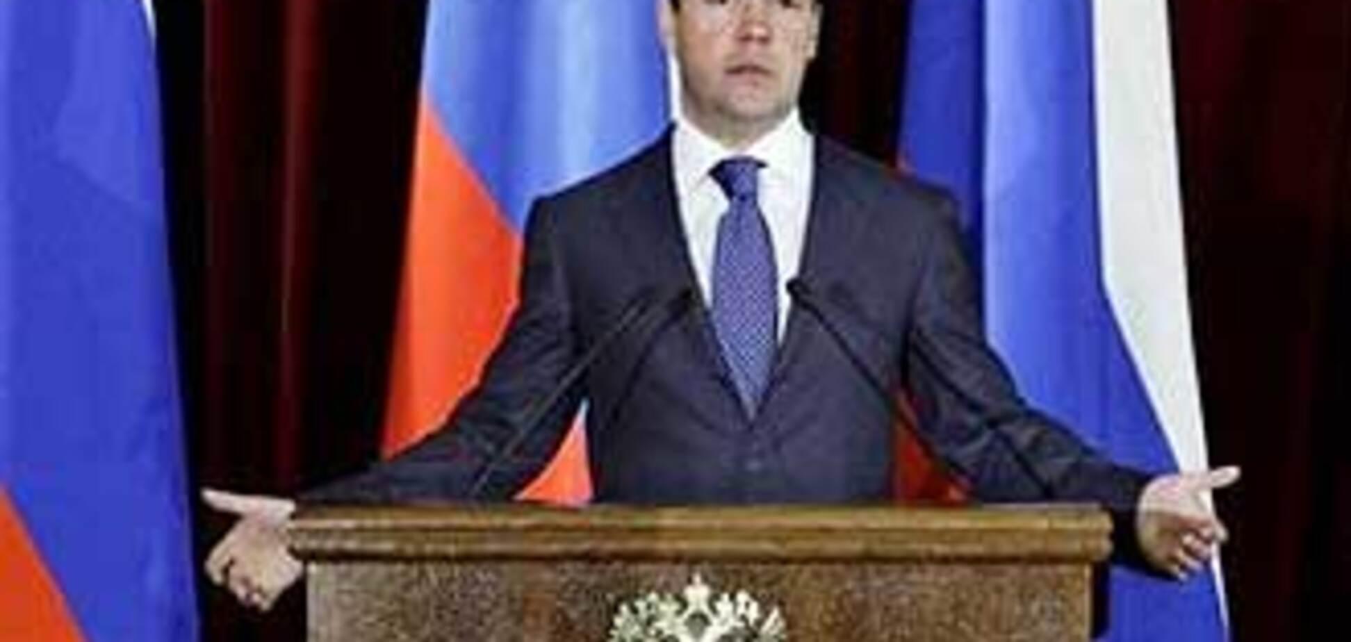 Медведев списал речь у министра обороны Казахстана