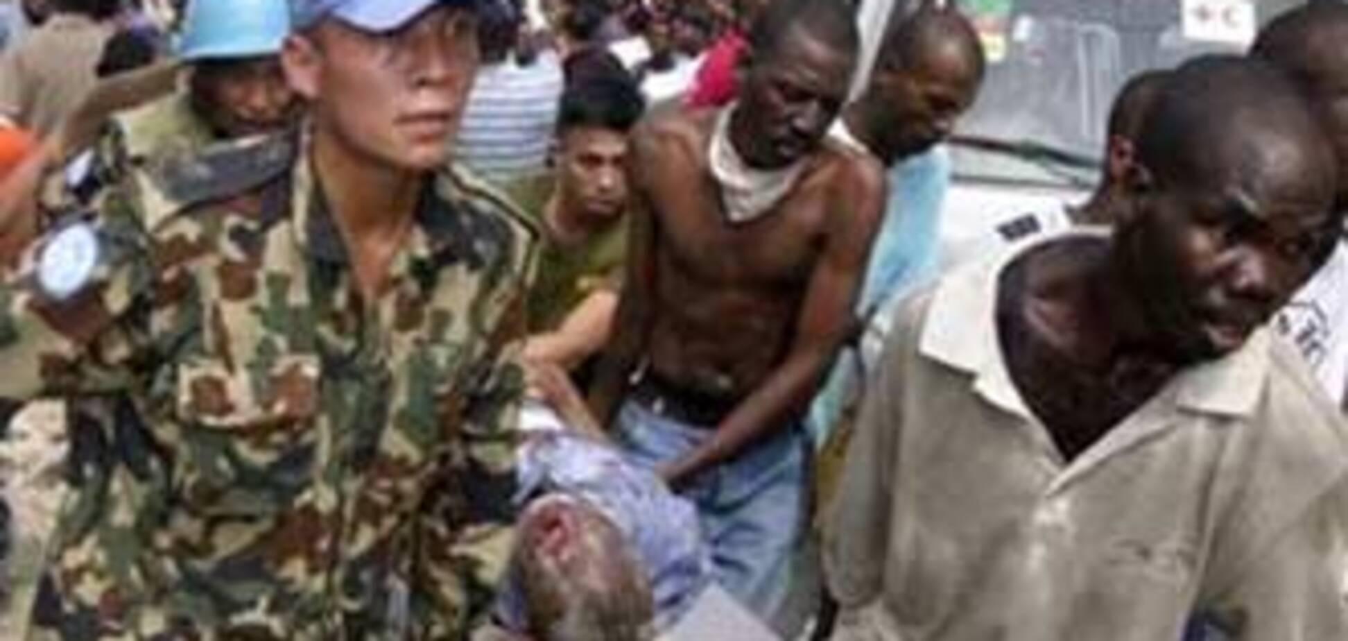 При обрушении школы на Гаити погибло 50 человек