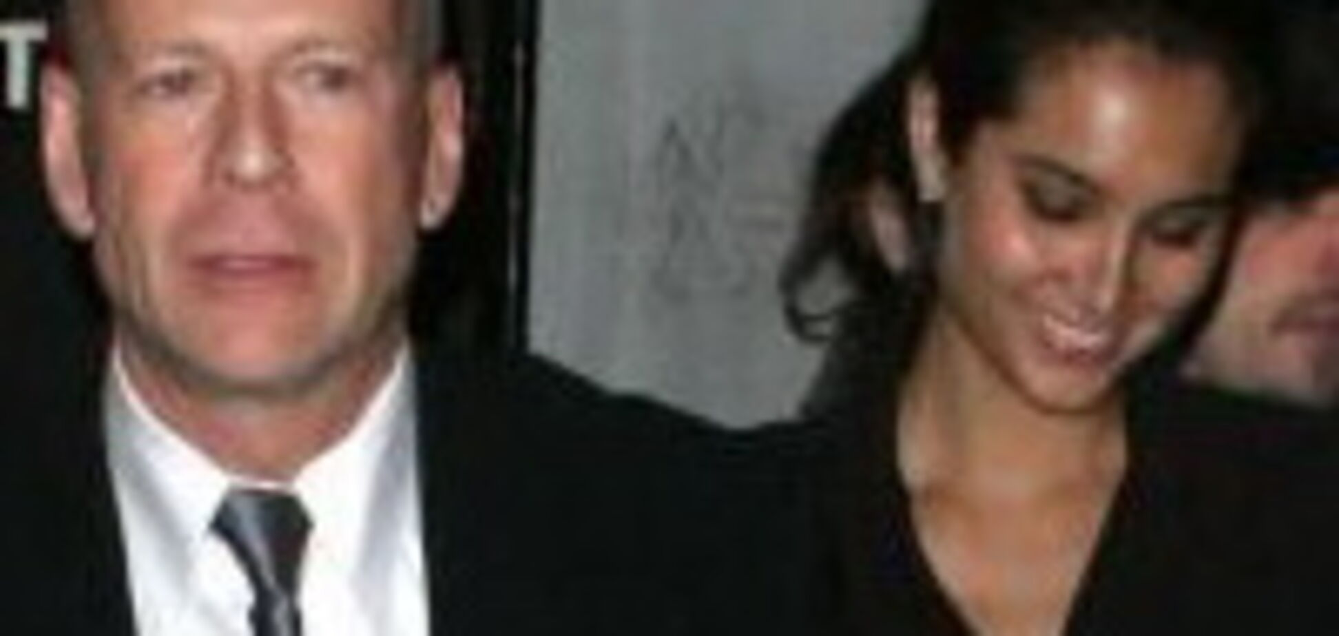 Нова дівчина Брюса Вілліса - клон його колишньої дружини?