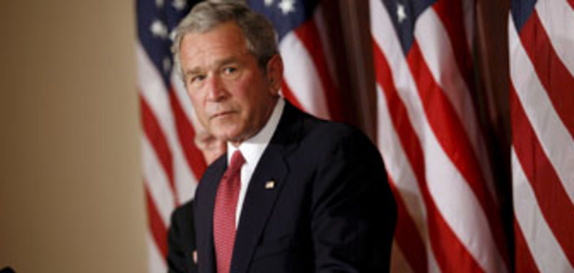 Буш отметит День дурака в Киеве