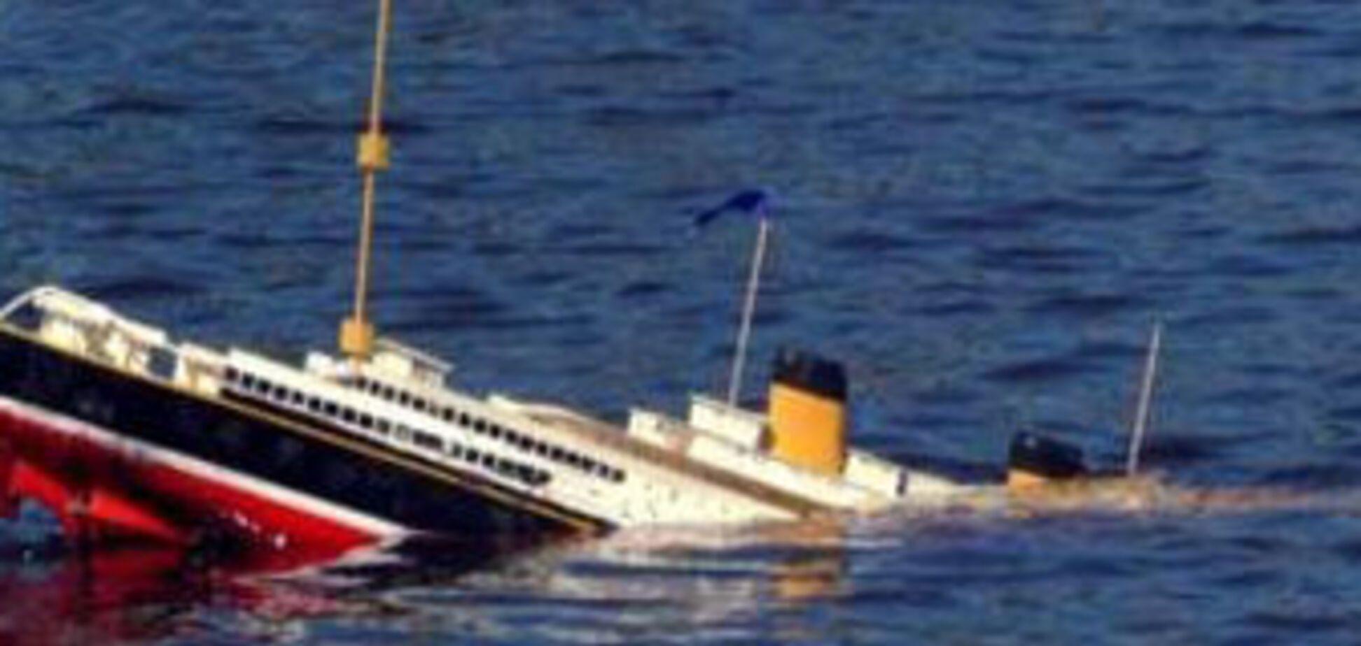 З тонучого корабля врятували всіх