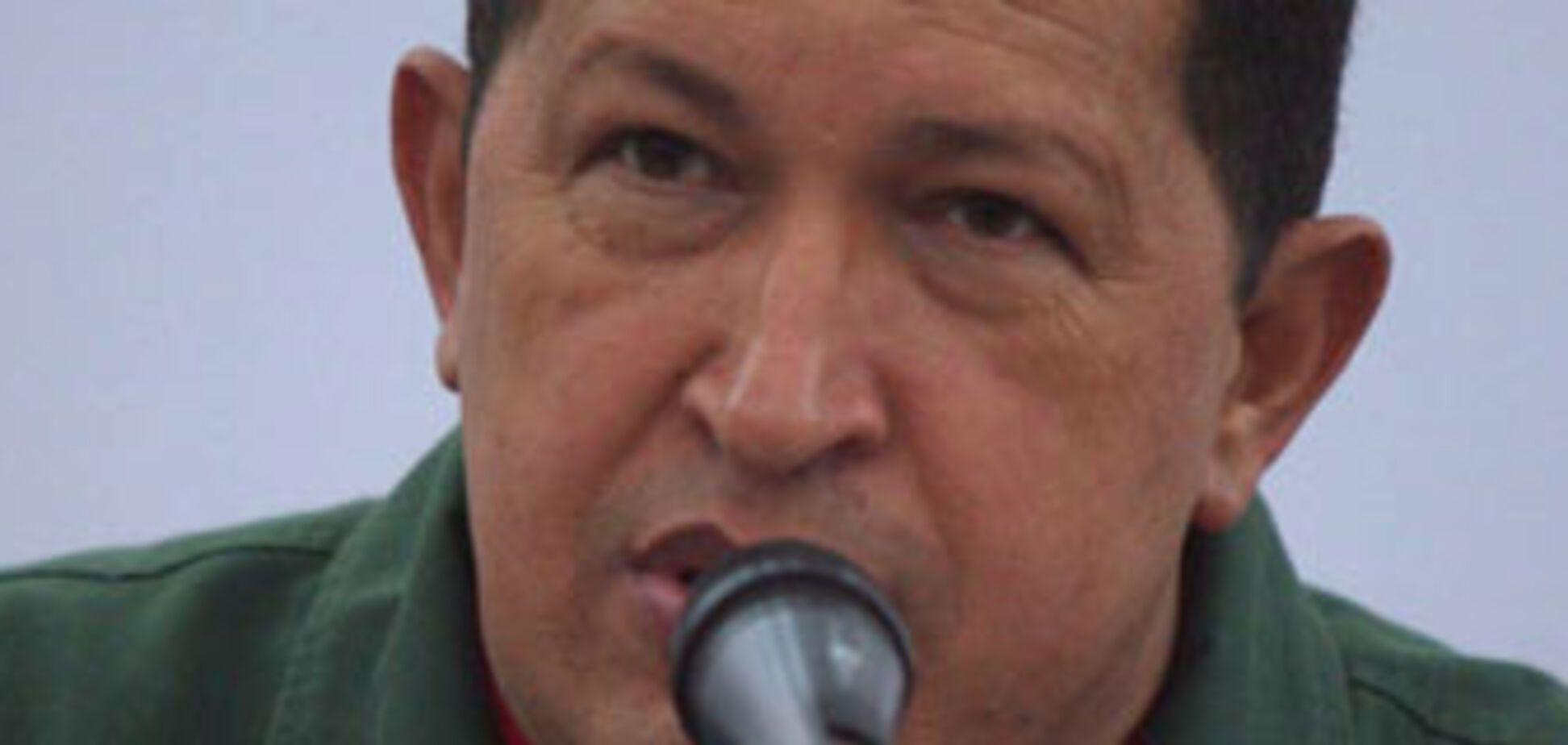 Уго Чавес готується до війни з Колумбією