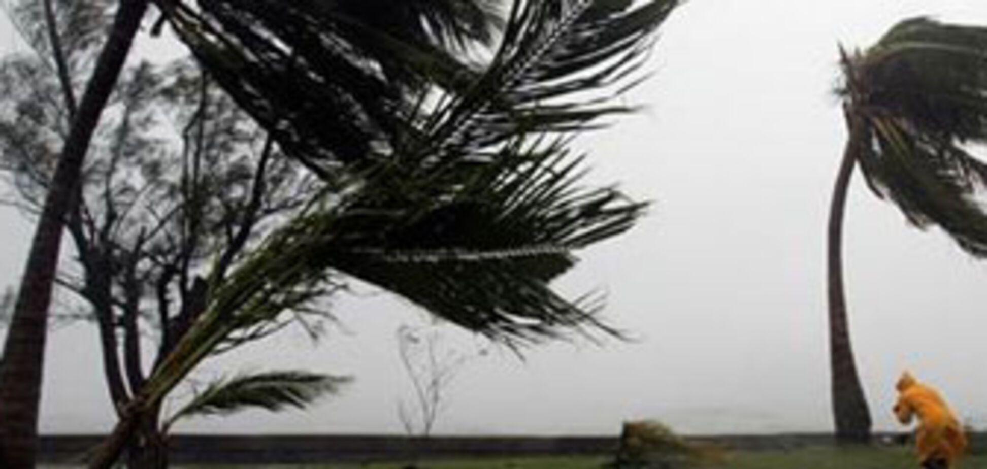 Буревій у Бангладеш забрав більше десятка життів