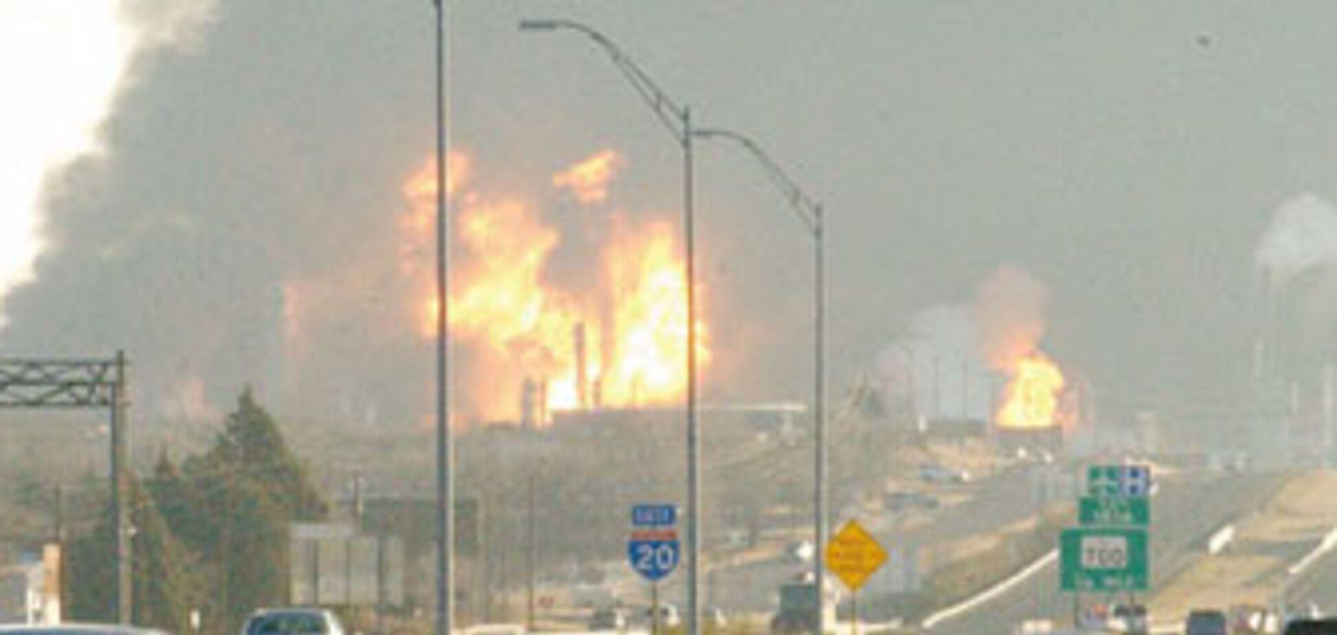 Палаючу нафтобазу нарешті загасили