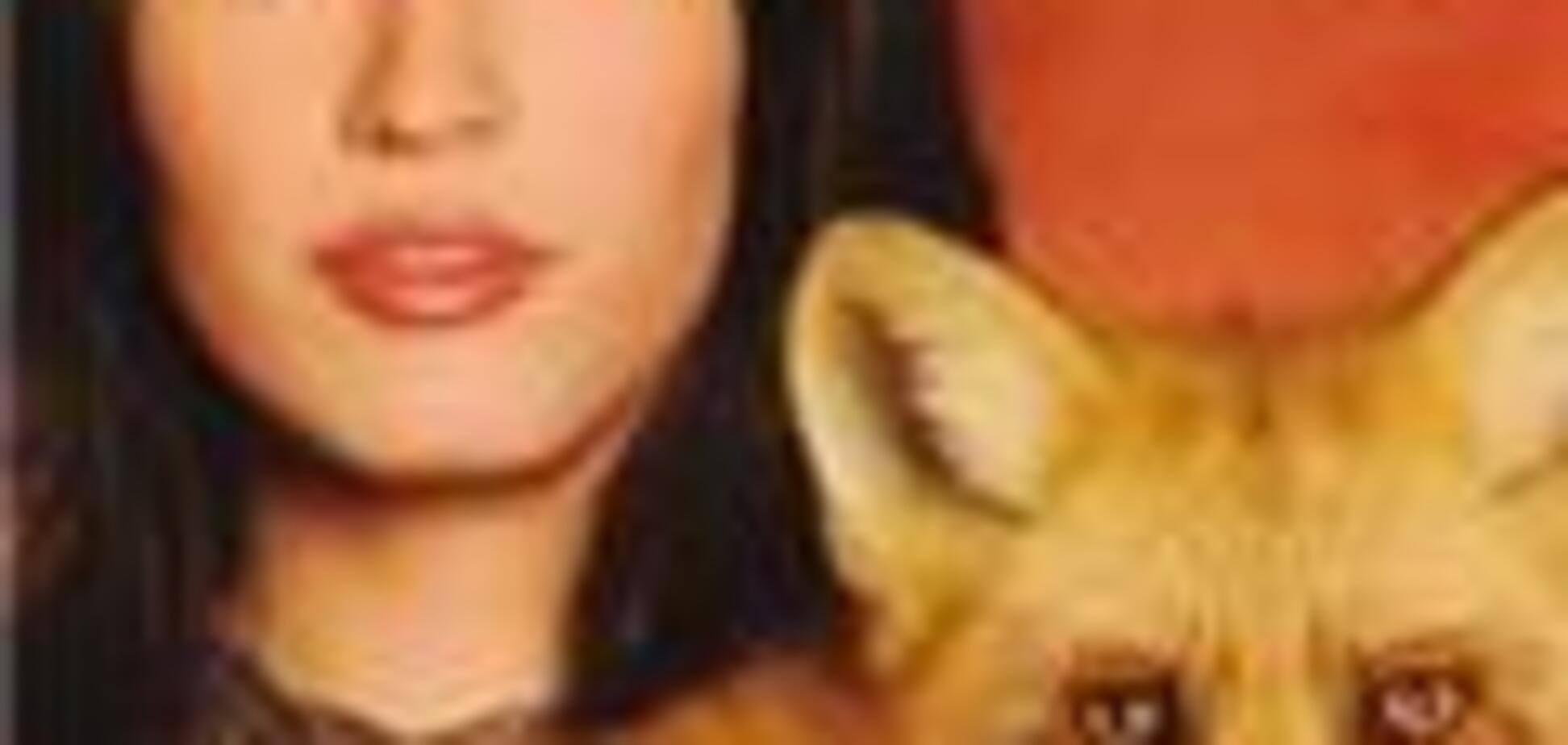 Ревнивый кот и целующийся попугай