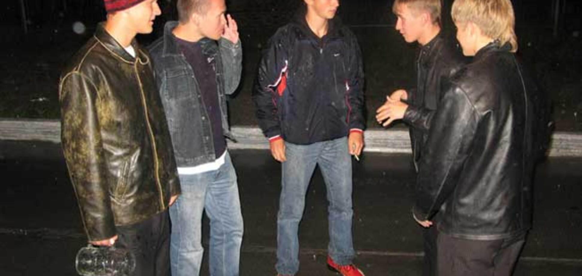 Поверьте, на втором фото - самые лучшие кроссовки! ;)
