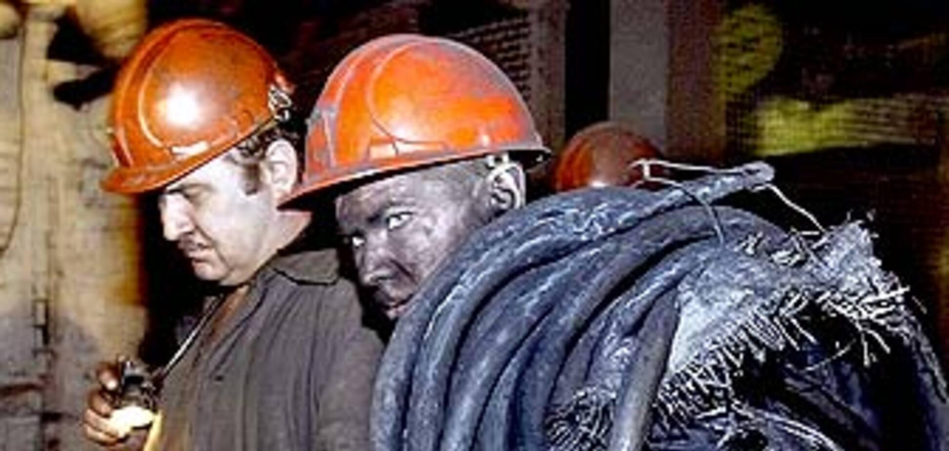 У пошуки 12 зниклих шахтарів включилися водолази