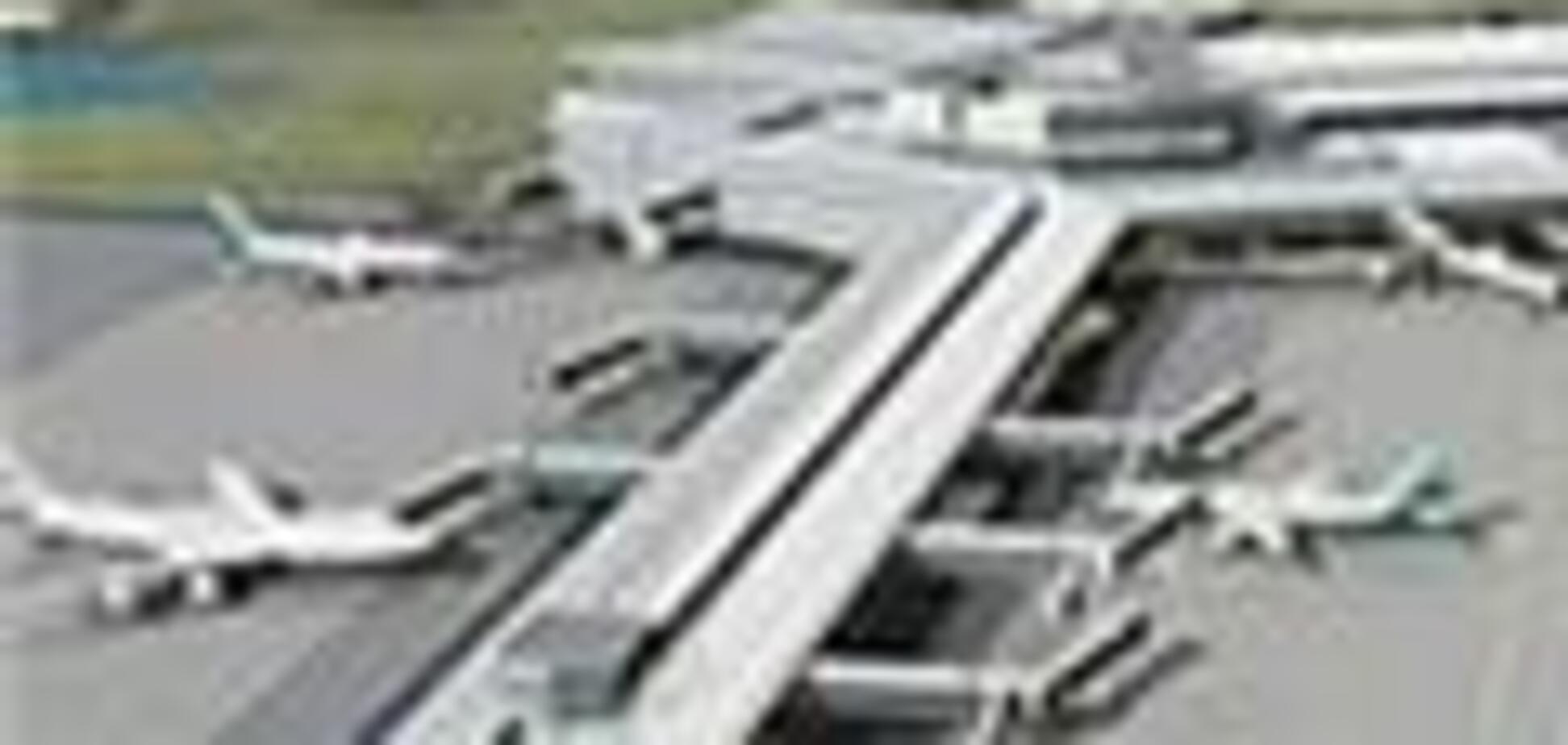Телефонный террорист сорвал работу аэропорта Нью-Йорка