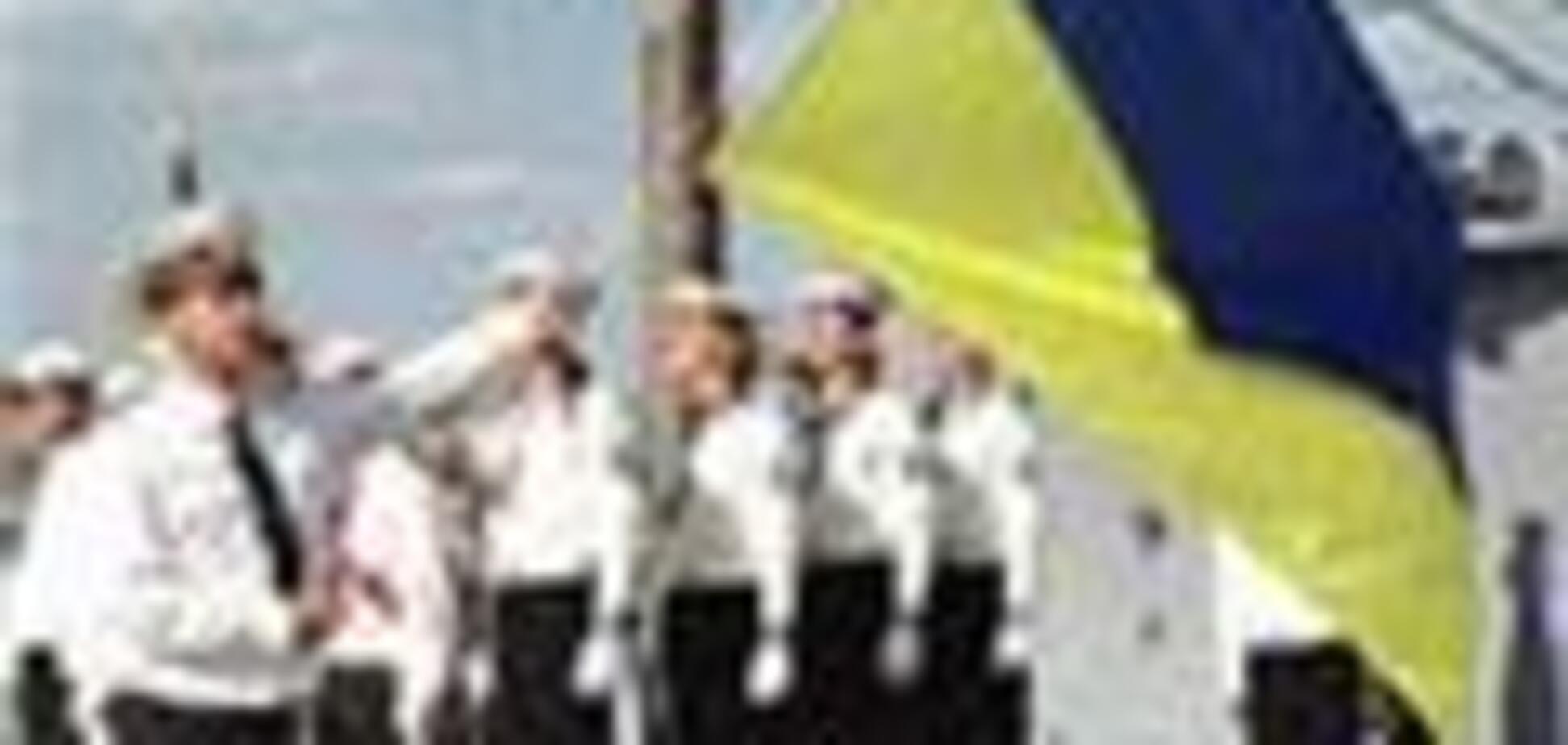 В день ВМС Украины военных моряков попытались воодушевить
