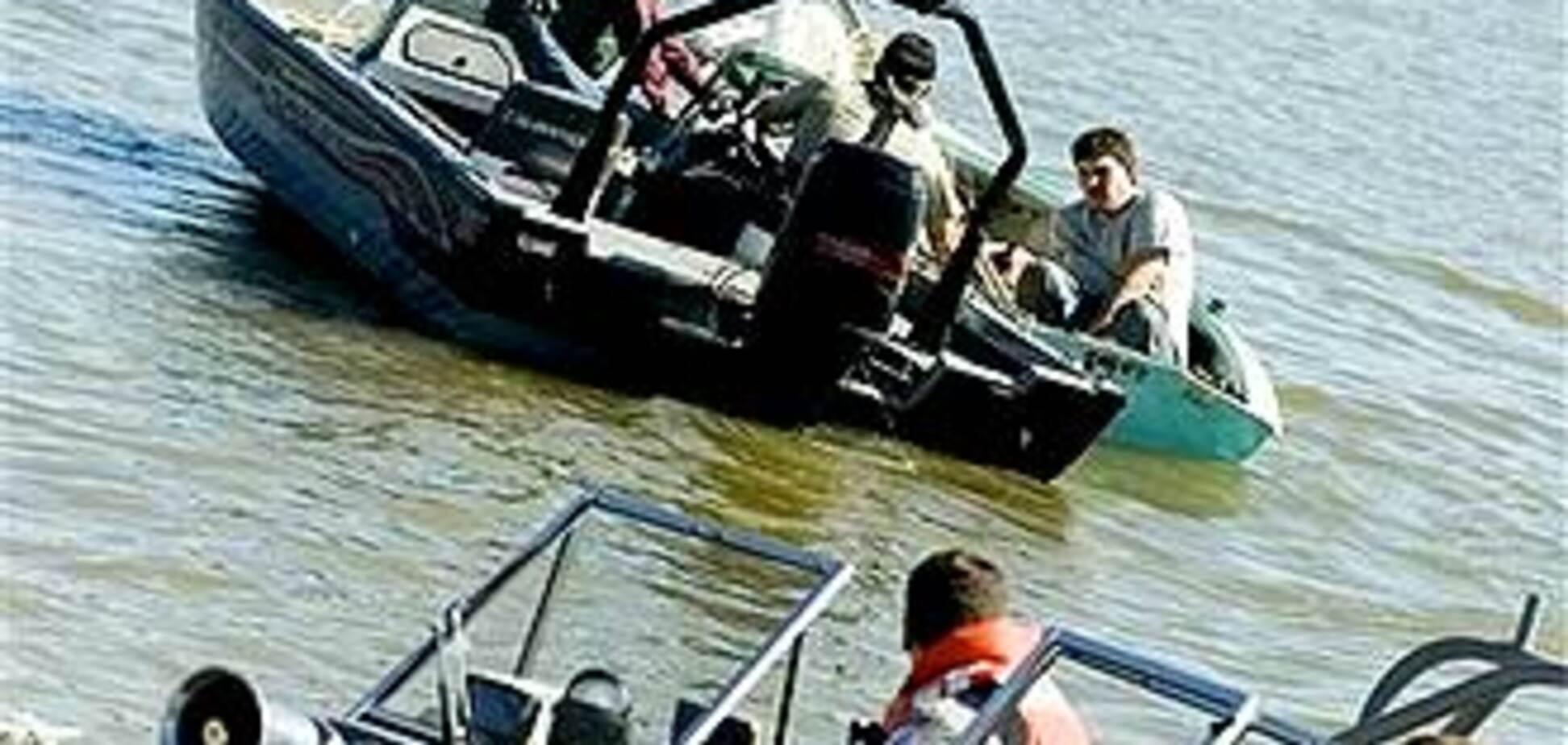 Двое отдыхающих утонули в Крыму в шторм