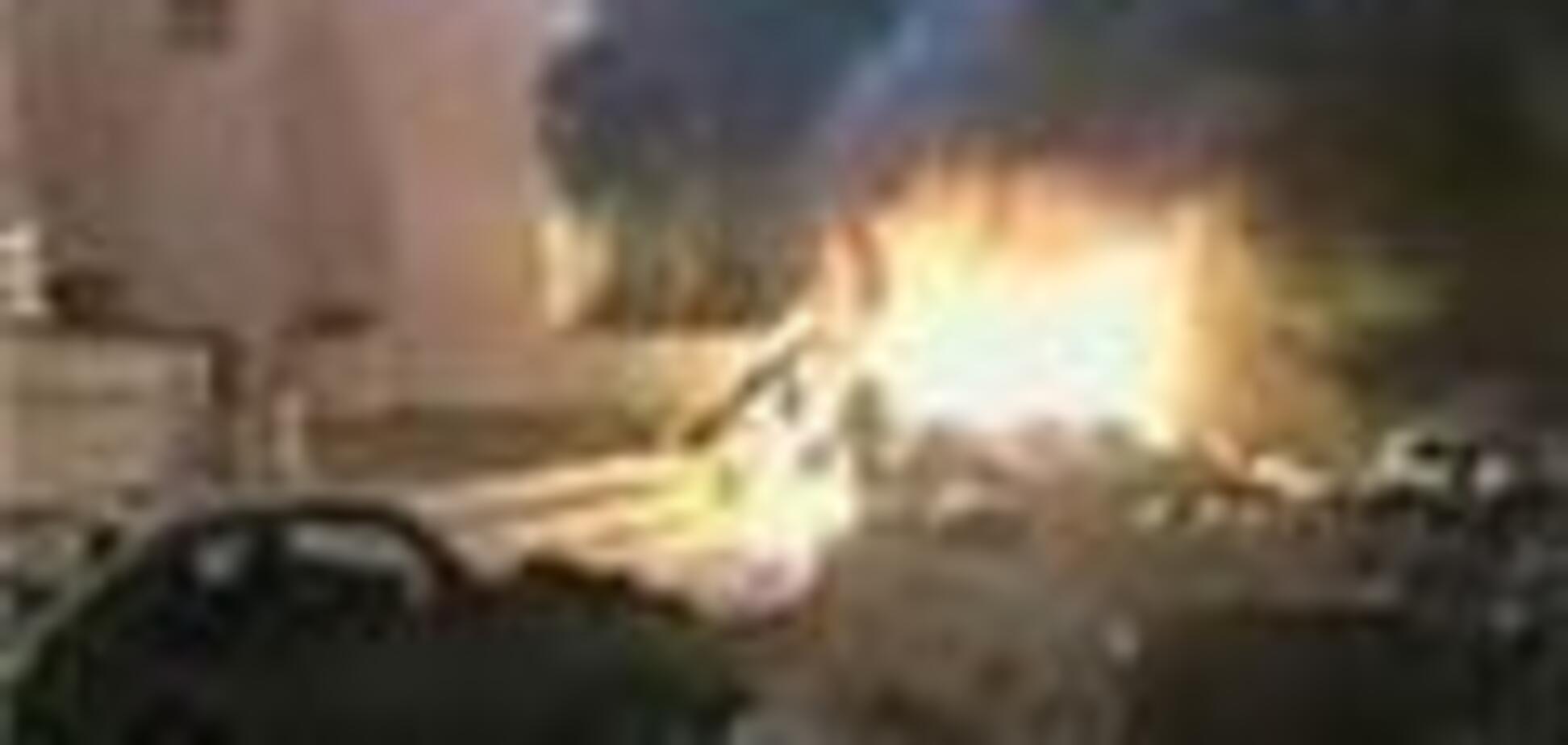 В пакистанском Карачи серия взрывов, десятки раненых