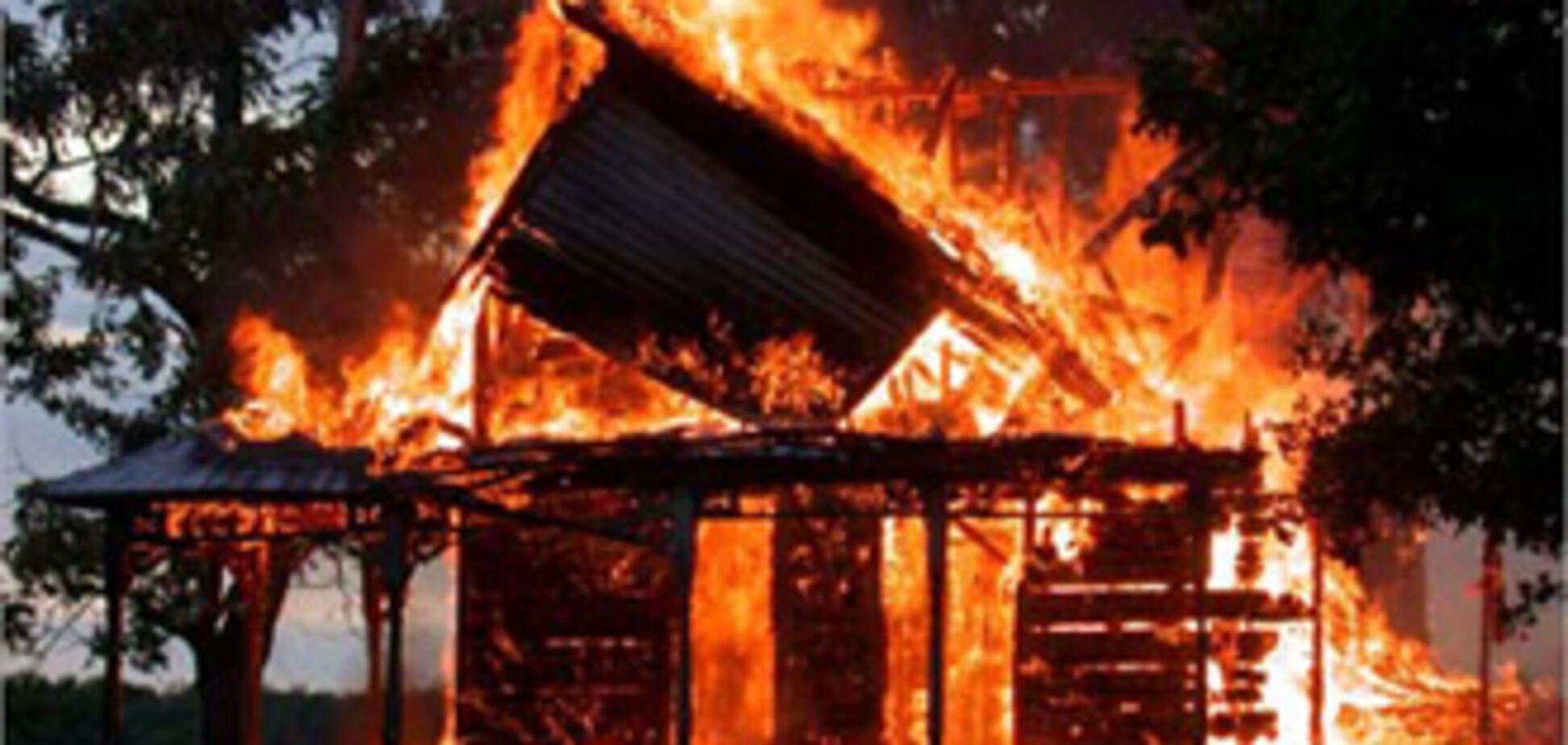 Дві людини загинули при пожежі, викликаним сигаретами