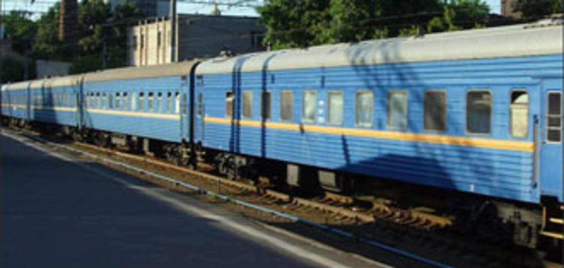 У Криму жінку на смерть збив потяг