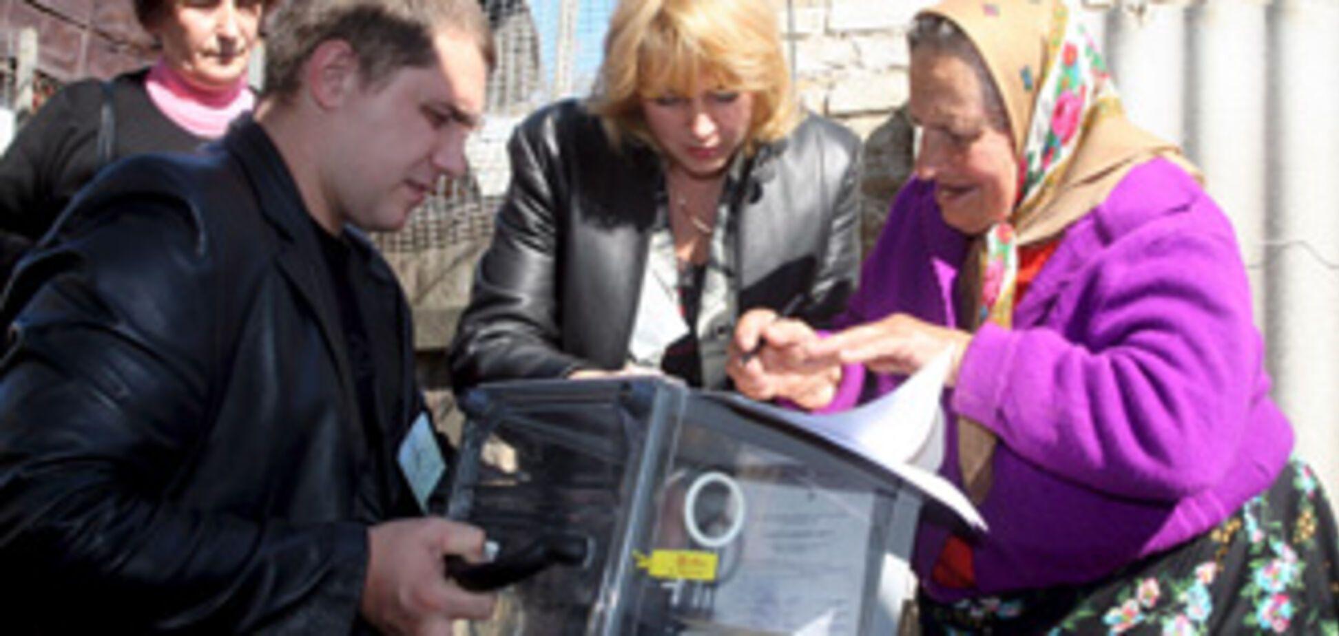 В СП уверяют: ПР и БЮТ сфальсифицируют выборы