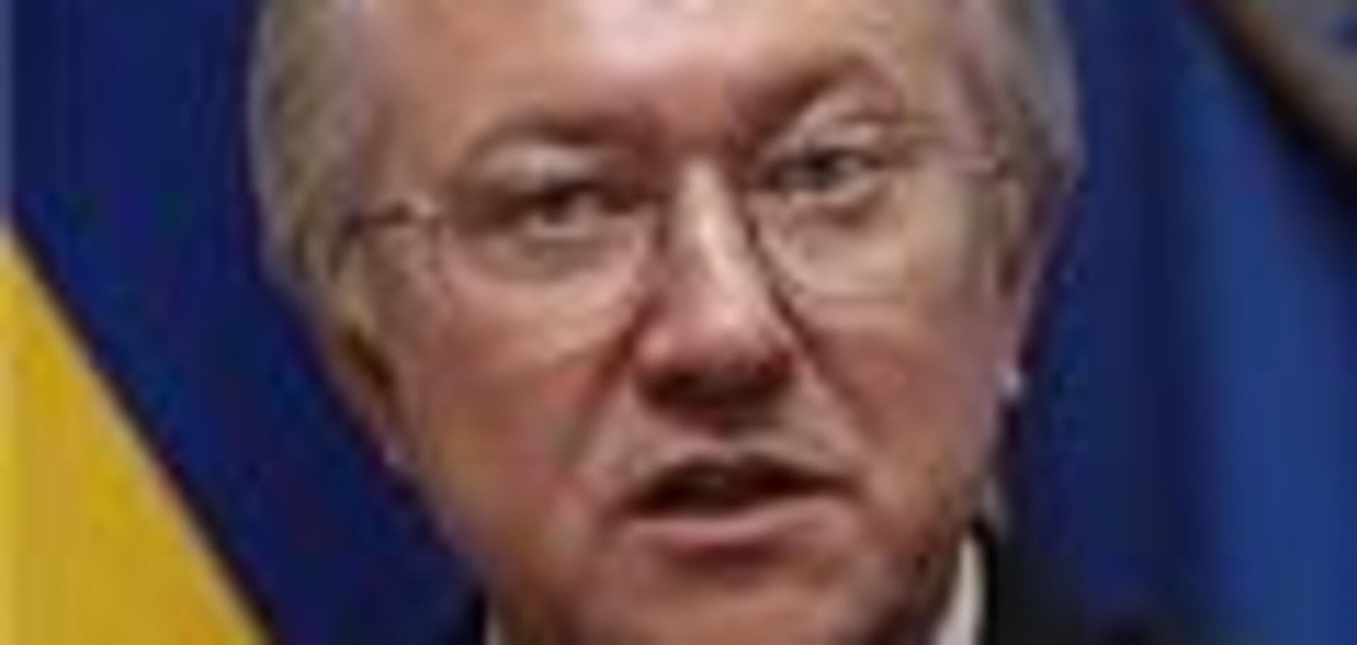 Тарасюк обіцяє скасування віз до Європи через 2 роки