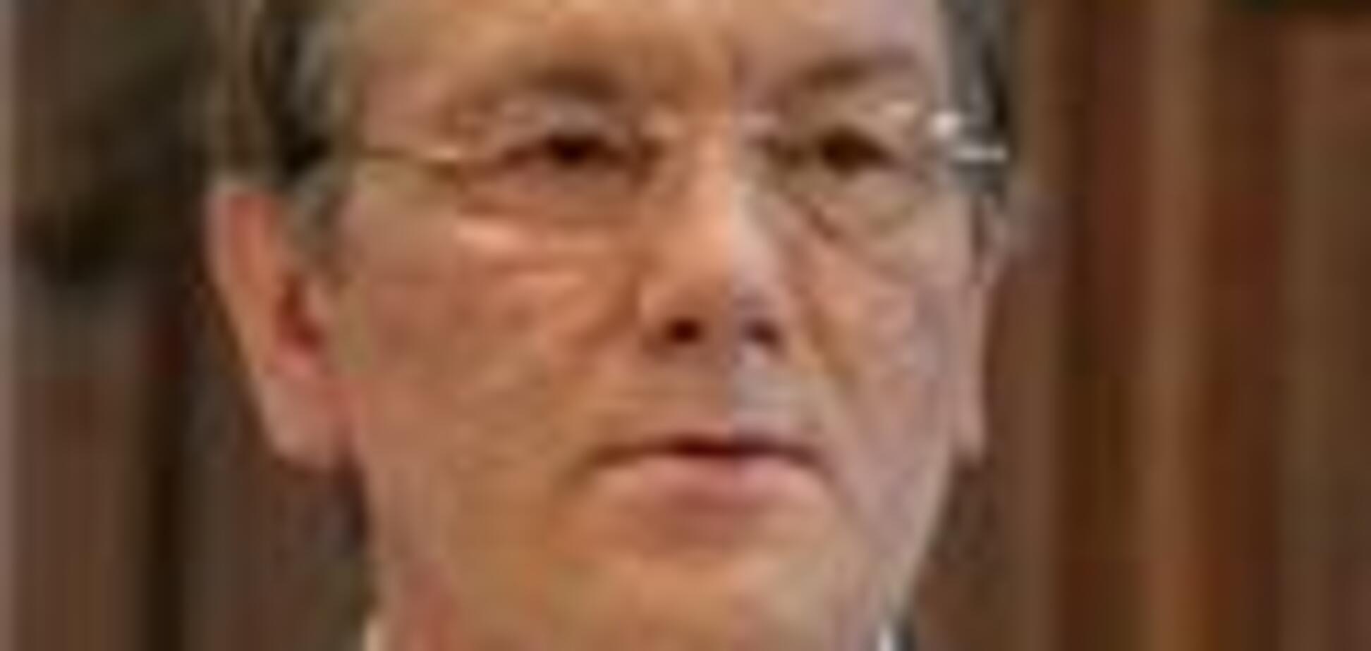 Ющенко: Нинішній валютний курс необгрунтований